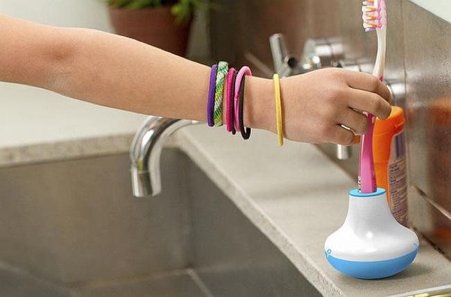 cepillo de dientes limpio